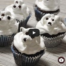 Cupcakes de chocolate con betún de merengue